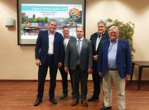 (von links nach rechts): Frank Wittig (Geschäftsführer WITTIG GmbH), Han Groot Obbink (Geschäftsführer Messe Kalkar/Wunderland Kalkar), Leon Westerhof (Projektmanager Messe Kalkar), Ralf Wittig (Geschäftsführer WITTIG GmbH), Hans-Wilhelm Dünner (SUT Verlags GmbH).